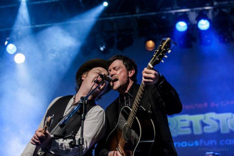 Steve Wall & Mundy