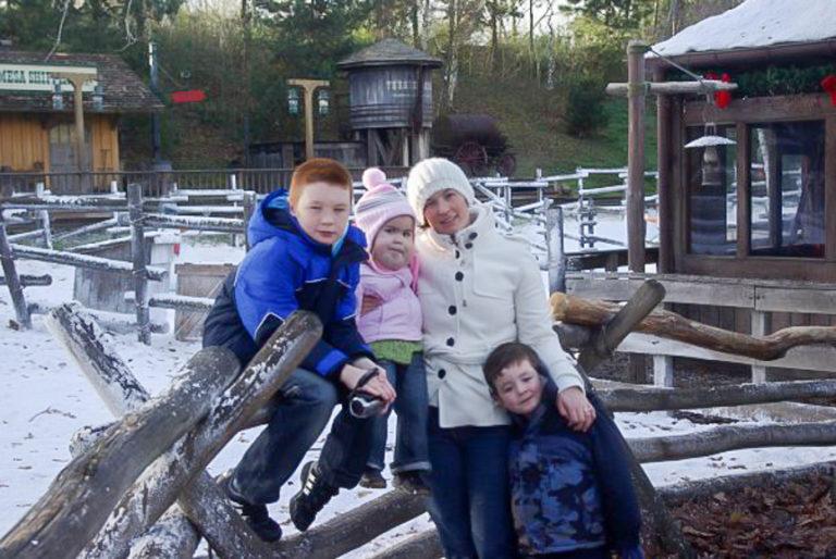 Caroline With Here Children